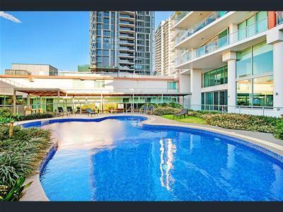 Pool 1 @.jpg