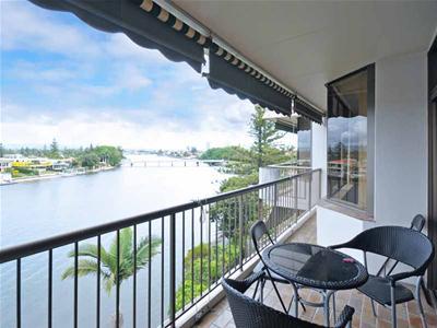 lo-res balcony03.jpg