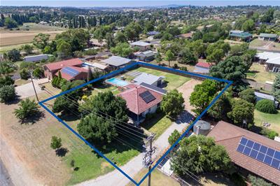 010-16 Castle St, Molong-Aerial-High Res.jpg