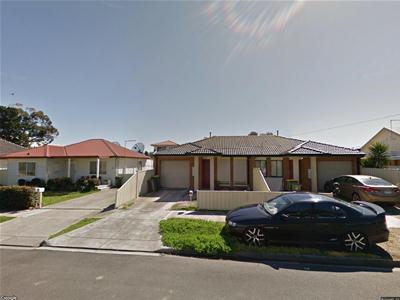 house 32a.jpg