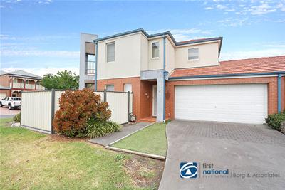WebSite-6131_4 4 Landers Court Caroline Springs1731601__575.jpg