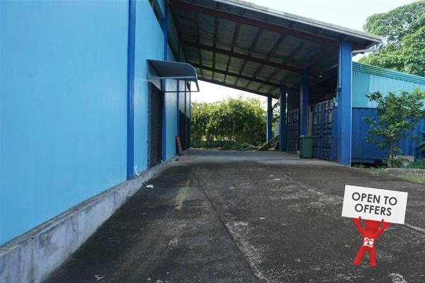 warehouse must sell.jpg