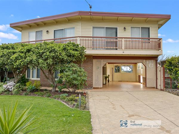 19 Back Beach Road, San Remo