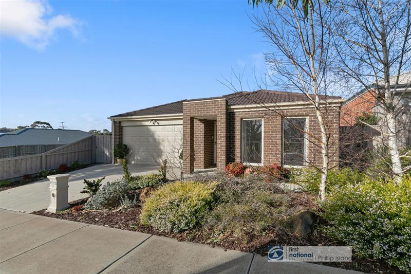 33 Castlecombe Circle, Cowes