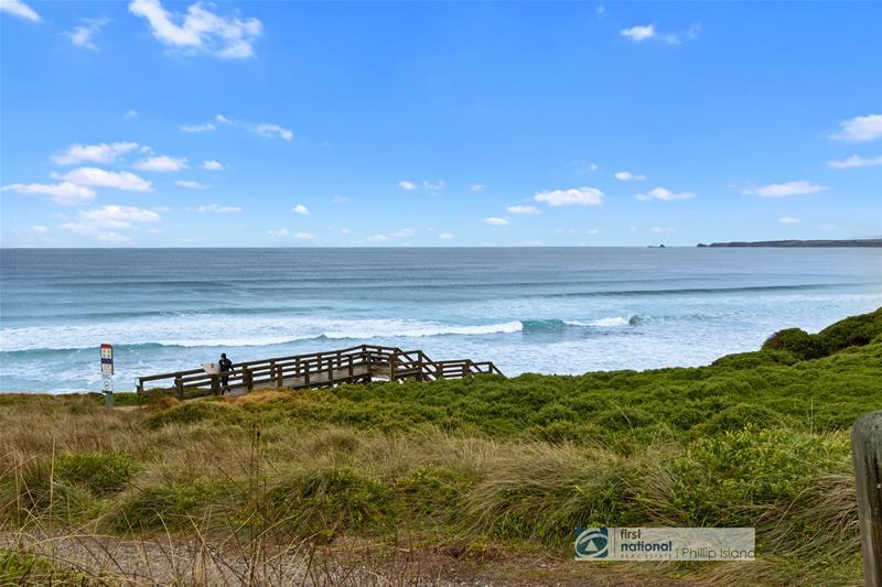 158 The Esplande , Surf Beach