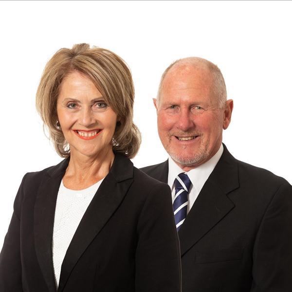 Murray Hewson and Jo Chamberlain