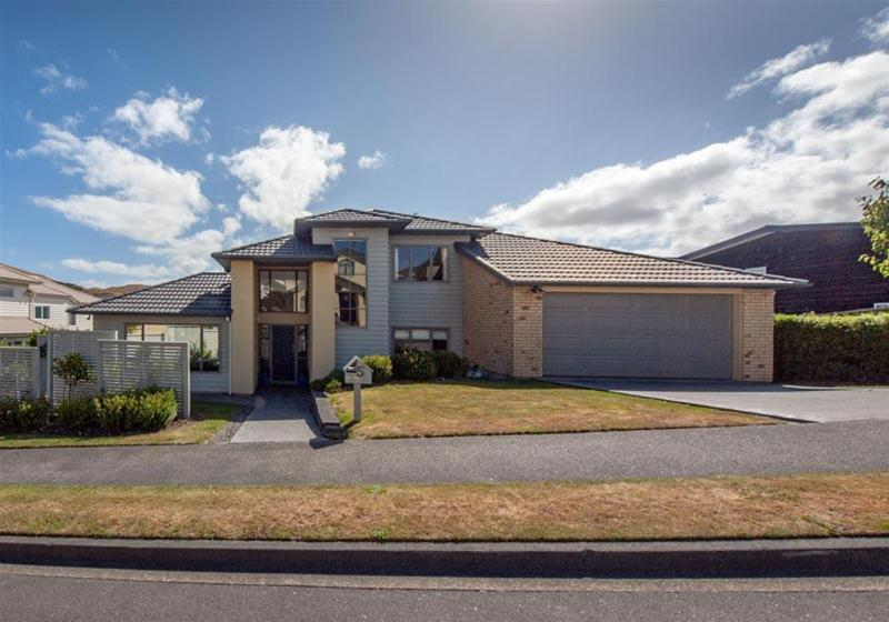 5 Tattenhall Grove, Churton Park