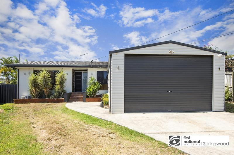 4 Desiree Court, Springwood
