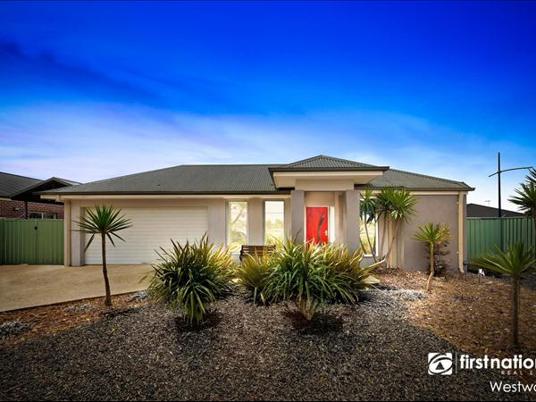 65 Farm Road, Werribee