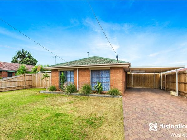 44 Queensbury Way, Werribee