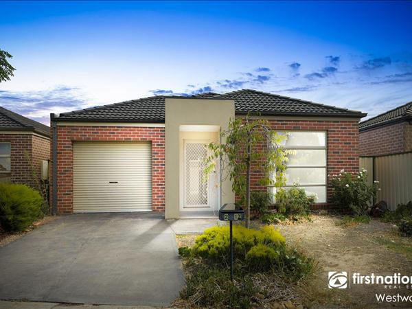 2/17 Eleanor Drive, Hoppers Crossing