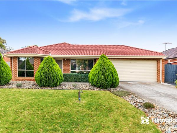 7 Persimmon  Place, Werribee