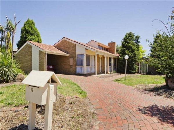 12 Barber  Drive, Hoppers Crossing