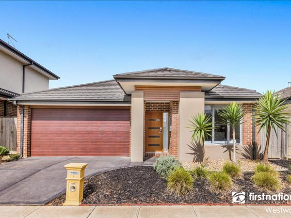 8 Holly Green Circuit, Truganina